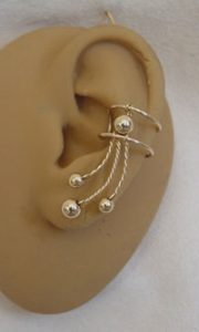 Ear cuff in gold filled bead